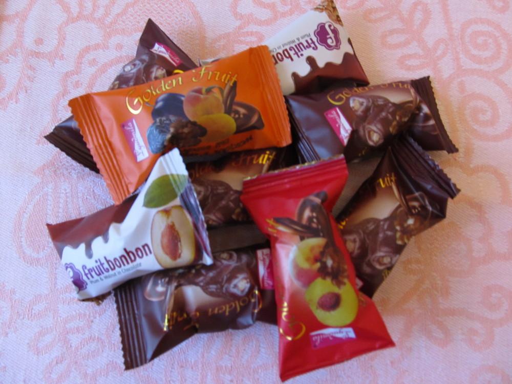 Конфеты с курагой и черносливом в шоколаде