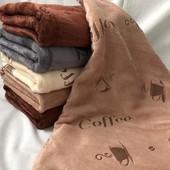Кухонные полотенца золотая полоска, микрофибра кофе, полотенца халаты.