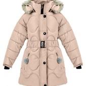 Зимние удлиненные куртки девочкам. с помпонами. 122-140 см