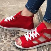 Обувь для женщин все по 150 грн