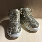 Красивенькие переливающие ботиночки 21-24р.