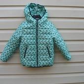 .Качественная курточка девочкам . Размеры от 98 до 128