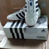 Кожаные футбольные Кроссовки. Adidas. производство Индонезия.